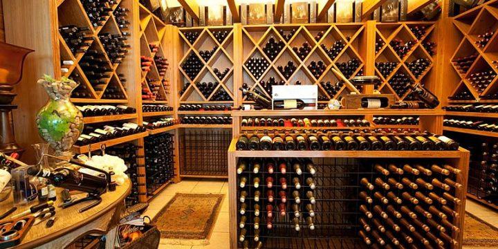 Mais de 100 rótulos de vinhos